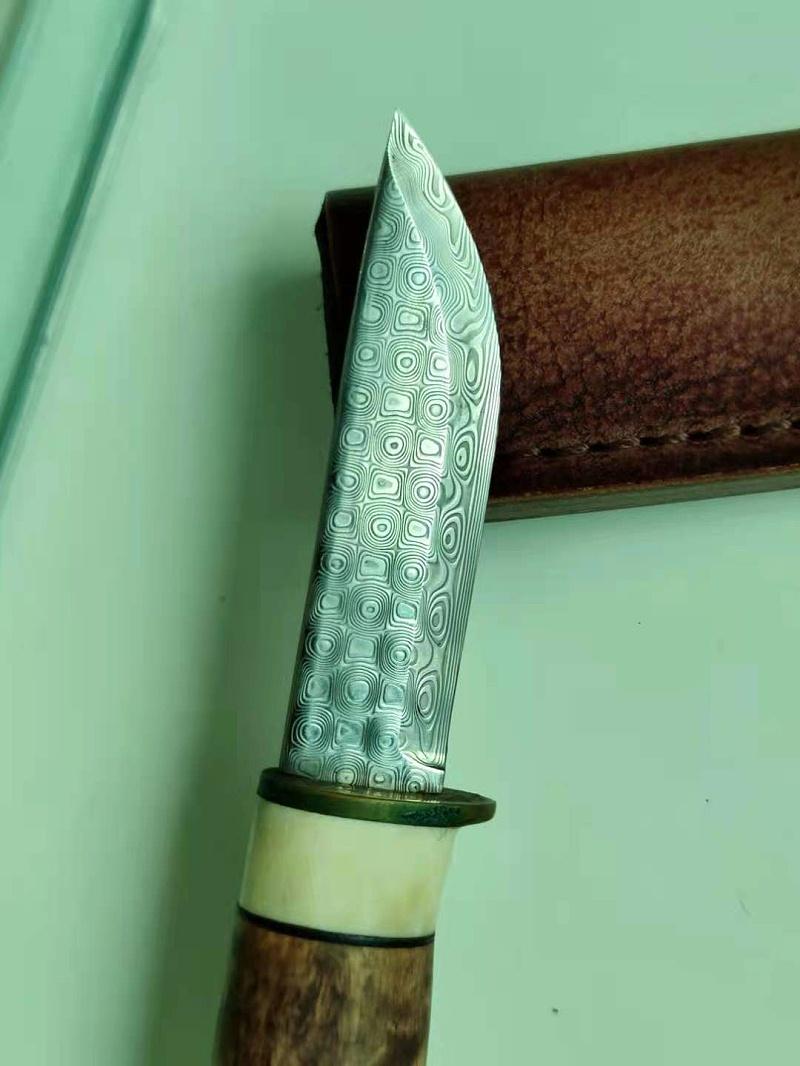 大马士革钢刀具